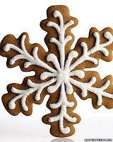 Gingerbread snowflake, so beautiful!