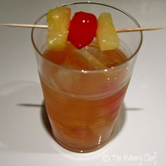 New Old-Fashioned Cocktail - Classic drink with pineapple!