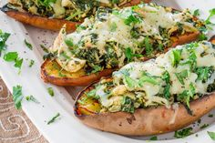 The key to making meal prep both feasible and desirable is finding mouth-watering meals that are simple to whip up, eat up, and clean up. And though sandwiches are sure winners, there's a new favorite in town: stuffed sweet potatoes. #sweetpotato #recipes http://greatist.com/eat/stuffed-sweet-potato-recipes