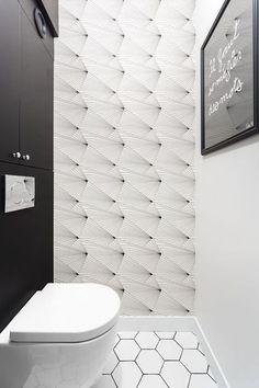 Papier peint dans les toilettes. Papier peint Fan - Erica Wakerly - Au fil des Couleurs © Claire Clerc / Côté Maison #papierpeint #wallpaper #wallcoverings #interiordesign #interiordesignideas #deco #décoration #decorationideas #decor #toilettes #toilets