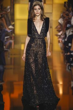 Robe noire et dentelle - Elie Saab Fall/Winter 2015-2016 Fashion Show