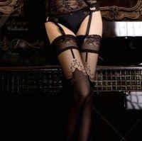 Lekre strømper i mange varianter til fest eller til en sensuell aften <3 Fra kr 179,-  KJØPES hos ABELONE.NO Nettbutikk & Brudesalong
