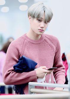 Kai looks like a warm comforter in sweaters 💙 Exo Kai, Baekhyun Chanyeol, Luhan And Kris, Kaisoo, Chanbaek, Jeonghan, Tao, Rapper, Kim Jong Dae