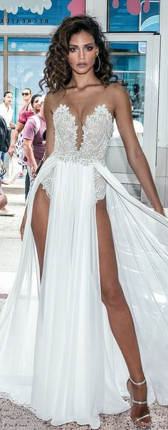 Julie Vino Fall 2018 Wedding Dresses #bridalgown