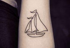 Tatuagem com linha contínua, barco