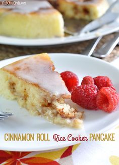 Cinnamon Roll Rice Cooker Pancake with glaze - Rice Cooker - Ideas of Rice Cooker If your rice cooker is hidden in your cabinets, dust it off, and start cooking! We've found 17 yummy rice cooker recipes that your whole family will love. Rice Cooker Pancake, Quinoa In Rice Cooker, Aroma Rice Cooker, Rice Cooker Recipes, Pressure Cooker Recipes, Cooking Recipes, Cinnamon Roll Pancakes, Cinnamon Rolls, Zojirushi Rice Cooker