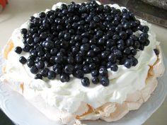 Tomek gotuje: Pavlova z jagodami / Tom cooks: Blueberries Pavlova