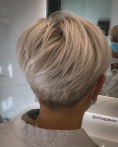 Short Hair Back, Short Grey Hair, Short Hair With Layers, Short Hair Cuts For Women, Short Hair Styles, Short Sassy Haircuts, Short Bob Hairstyles, Fresh Hair, Stylish Hair