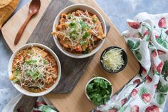 This supereasy and Healthy Instant Pot Lasagna Soup will have you grabbing seconds! This lasagna soup is comforting and delicious - plus it's filled with extra vegetables! This healthy instant pot lasagna soup will take you under an hour with an Instant Pot! Plus step by step picture instructions.