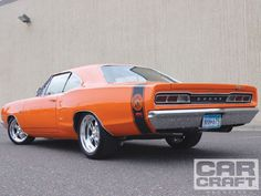 1969 Dodge Super Bee....My Husband has a yellow one like this, black top, 440, bought it when he was 17 and fully restored it! So beautiful!