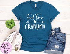 First Time Grandma Shirt, Grandparent Pregnancy Announcement, Pregnancy Announcement Gift for Grandma, New Grandparent Gift Boat Shirts, Cute Shirts, New Grandparent Gifts, First Time Grandma, Grandparent Pregnancy Announcement, Vacation Shirts, Pregnancy Shirts, Grandma Gifts, Lake Life