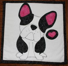 Boston Terrier wall hanging.  Dog quilt.