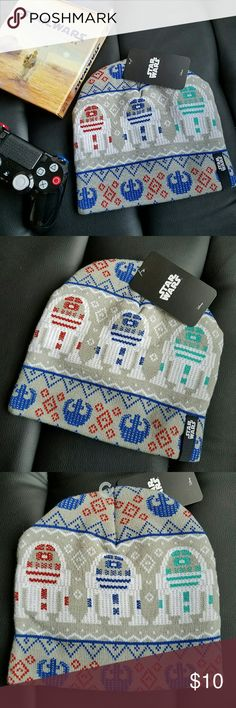 Star Wars R2-D2 Beanie Knit beanie hat, one size fits most. Perfect for star wars enthusiasts! Disney Accessories Hats