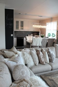 Nice couch & kitchen table-chairs