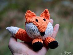 Ravelry: Little Mr Fox by Mrsmumpitz pattern by Doreen Laffrenzen Types Of Knitting Stitches, Knitting Patterns, Knitting Projects, Cute Crochet, Knit Crochet, Knitted Stuffed Animals, Drops Patterns, Quick Knits, Knit In The Round