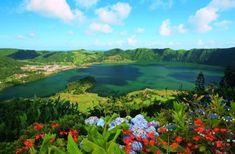 Lagoa das Sete Cidades - Twin lakes - Crater dormant volcanoe - São Miguel Island