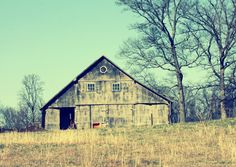 The barn ... so much potential here ....