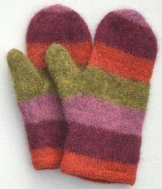 Att sticka och sedan filta vantar är roligt, och det blir mjuka, fina, starka och täta vantar. Just den här tekniken passar bäst med svenskt ullgarn, och gärna ullgarn som har lite mer lanolin, som… Baby Barn, Textiles, Wrist Warmers, How To Purl Knit, Knit Mittens, Diy And Crafts, Knitting Patterns, Knit Crochet, Gloves