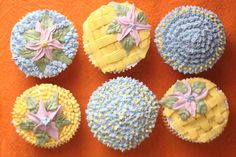 cupcake decorating ideas--frosting flowers how to make icing flowers