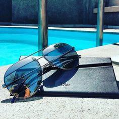 Ready for the #weekend #diorsplit #goodweather and #pool such a perfect combination! #good #better #best #goodtimes #fun #summer #eyewear #sunglasses #trend #trendy #new #enjoy #life #followus  Preparados para el #findesemana con nuestras diorsplit #buentiempo y#piscina =#combinacionperfecta #gafasdesol #disfrutando #felizsabado #siguenos