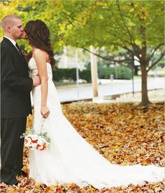 10 reasons to love fall weddings
