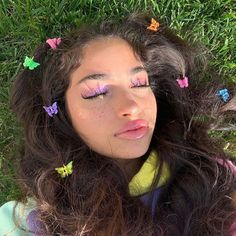 21 Trending E-girl Hairstyles That'll Turn You Into a TikTok Queen Clip Hairstyles, Pretty Hairstyles, Everyday Hairstyles, Natural Hairstyles, Wedding Hairstyles, Pelo Indie, Hair Inspo, Hair Inspiration, Look Girl
