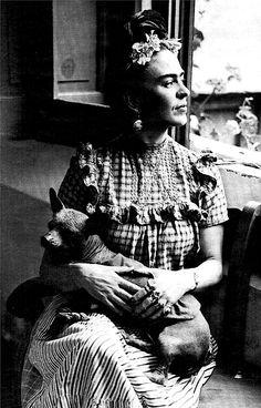 Frida Kahlo and her dog Xolo