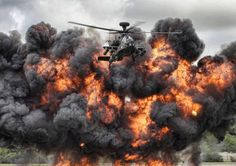 Dramatic 'Fireball Flyers' wins British Army's 2014 photo competition - AOL