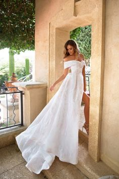 df4abfe3a9 Roze - Once in The Palace - MillaNova. salome · Weddings