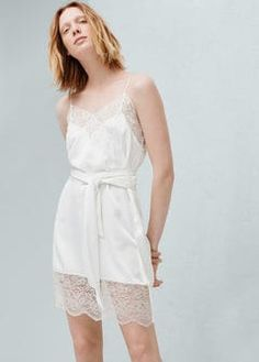 http   shop.mango.com FR p0 femme vetements robes mini robe -empiecement-dentelle id 61005692 01 n 1  4d0c79c9caa8