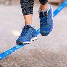 Kit Slackline con Cinta Carraca y Protector de Árbol para Escalada y Deportes – Color Azul – 15m x 5cm