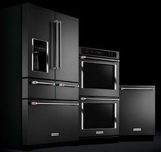 la-gamme-kitchenaid-black.jpg, juil. 2015