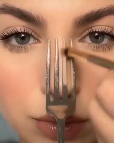 Nose Makeup, Contour Makeup, Eyebrow Makeup, Skin Makeup, Makeup Art, Nose Contouring, How To Makeup, Doll Eye Makeup, Maquillage On Fleek