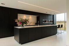 Luxury Kitchen Design, Kitchen Room Design, Contemporary Kitchen Design, Best Kitchen Designs, Kitchen Layout, Home Decor Kitchen, Interior Design Kitchen, Home Kitchens, Open Plan Kitchen Diner