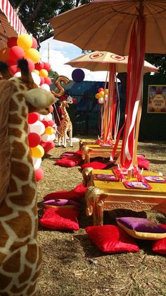 031 Elephant Table with Umbrella- Event Planning: Jackie Ohh Events