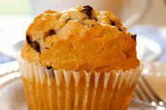 À tous les amateurs de chocolat! Faites-vous plaisir aujourd'hui avec nos savoureux muffins aux brisures de chocolat faciles à préparer. Dégustez-les avec une bonne tasse de café.