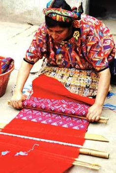 Weaving courses and volunteering opportunities in Guatemala - Trama Textiles