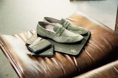 Suede slip on. Soft and comfy. Perfect with the whole green accessories. #AldoBruè #ManCollection