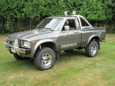 """1983 Toyota Pickup Truck """"Mirage Limited Edition"""" – Friday – Heidi Lund Bailey – Join the world of pin Toyota Pickup For Sale, Toyota Trucks For Sale, Pickup Trucks For Sale, Chevy Pickup Trucks, Toyota 4x4, Lifted Ford Trucks, Toyota Hilux, Lifted Chevy, Lifted Cars"""