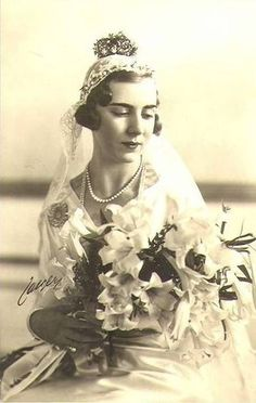 Queen Ingrid of Denmark, Danish royalty, portrait, bride, wedding dress, flowers, photo, vintage, history, beloved