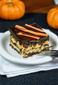 Halloween No-Bake Chocolate Eclair Dessert ~ a classic favorite gets all dressed up!  www.thekitchenismyplayground.com