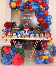 Show da Luna para os 02 aninhos da Luiza ❤️💙 Com os parceiros Decoração, papelaria personalizada ...