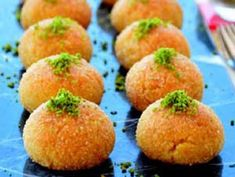 Sayfamızda Hira Tatlısı Tarifi nedir, Hira Tatlısı Tarifi nasıl yapılır bulabilirsiniz. Iftar, Sweet Potato, Yummy Food, Fruit, Vegetables, Breakfast, Youtube, Turkish Cuisine, Turkish Language