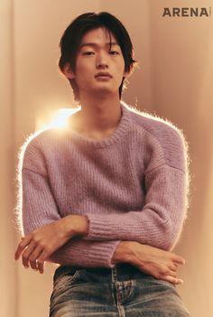 포근한 스웨터 Korean Fashion Men, Mens Fashion, Turtle Neck, Sweaters, Moda Masculina, Man Fashion, Men's Fashion, Male Fashion, Sweater