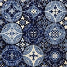 This pattern makes me think of sailing away in the Mediterranean. #BHGSummer