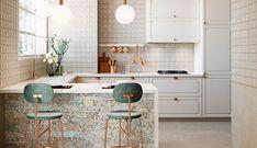 Sprawdź koniecznie na naszej stronie nową aranżację kuchni! Kitchen Tiles, Kitchen Island, Carpet, Home Decor, Kitchen Furniture, Kitchens, Island Kitchen, Decoration Home, Room Decor