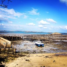 @Her Mione Island Low Tide 27th March 2014  ☀️ ⛵️ #Herm #HermIsland #ChannelIslands pic.twitter.com/uYjadzxnKc