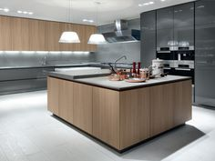 Lacquered wooden kitchen with island ARTEX - Varenna by Poliform