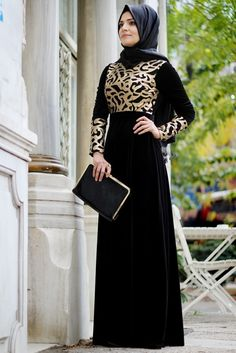 Hilal Baş Siyah Merve Kadife Abiye Elbise