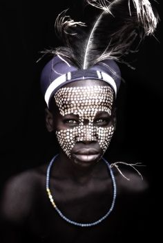 Photographer Mario Gerth& portraits of African tribes we could . Cara Tribal, Tribal Face, Tribal Heart, African Tribes, African Art, African Room, African Image, We Are The World, People Around The World